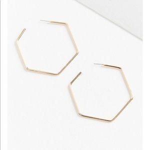 Urban essential geometric hoop earring